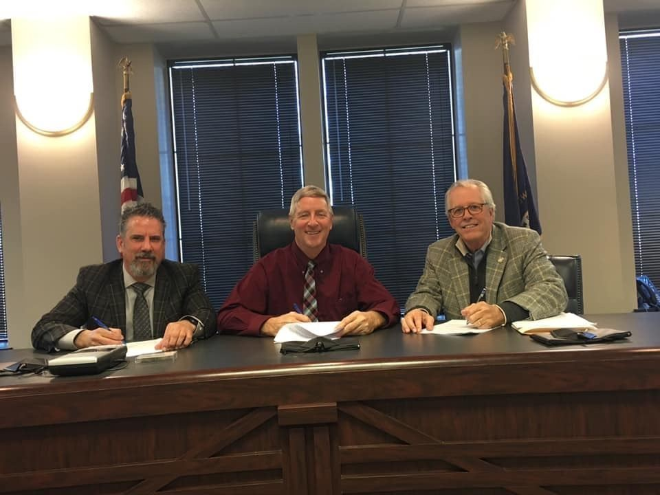 Mayors sign agreements